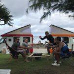 ヒーピー浜でキャンプ